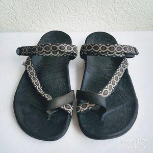 Taos Comfort Sandals Size 9
